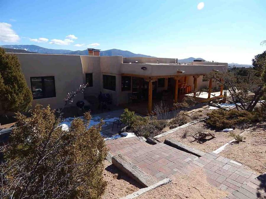 One of Santa Fe 4 Bedroom Mountain View Homes for Sale